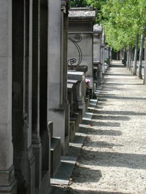 Life is Short Pere Lachaise Paris 2003