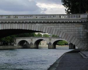 Bridge Over the Seine Paris 2003